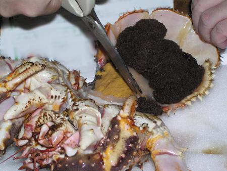 タラバガニの外子、カニ味噌